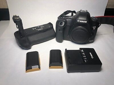 Canon EOS 5D Mark III 22.3MP Digital SLR Camera - Black (Body With Battery Grip)