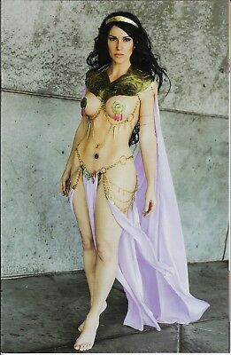Vampirella/Dejah Thoris #1 1:25 Incentive Cosplay Virgin Variant O Cover!
