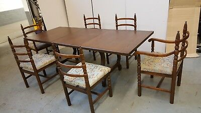 Stunning  oak dining table and six chairs