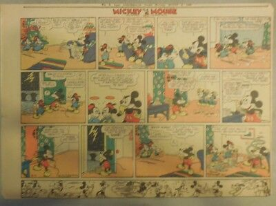 Mickey Mouse Sunday Page by Walt Disney from 8/4/1940 Half Page Size
