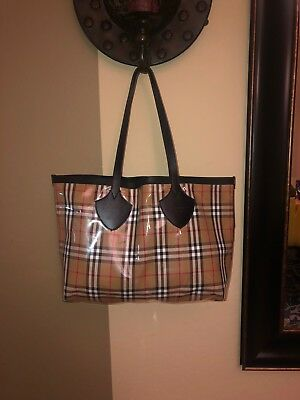 BURBERRY MEDIUM GIANT Reversible Tote in Vintage Check with Calf ... 3e70c66d7c