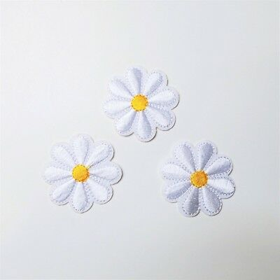 3x Daisy Flower Patch Iron-On/Sew-On Embroidered Applique Motif, Yellow & White