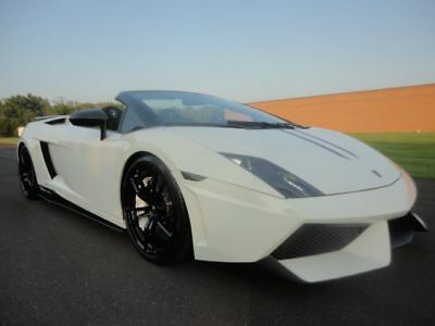 2011 Lamborghini Gallardo Spyder Performante 2011 LAMBORGHINI GALLARDO SPYDER PERFORMANTE LP560-4 V10CLEAN CARFAX WE FINANCE