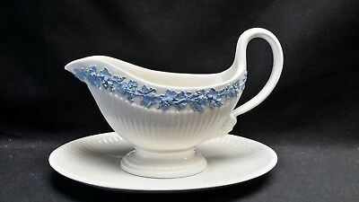 Wedgwood England Queensware 2804 Edme Blue Grapes Gravy Boat & Underplate