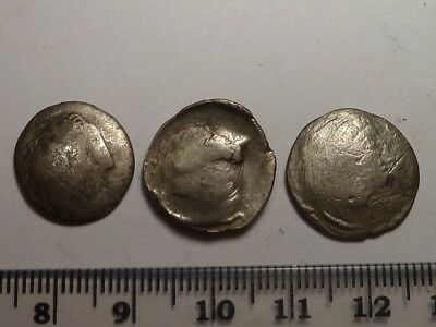 70Lot of 3 silver Celtic drachmae coins early Ancient