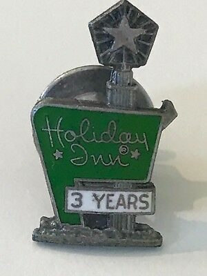 Holiday Inn Company Hotels Restaurant Employee 3 Years Service vintage pin