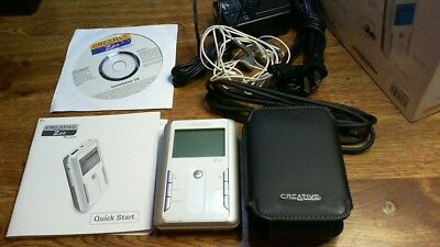 creative zen touch 20 gig with Accesories+ Carryng Case