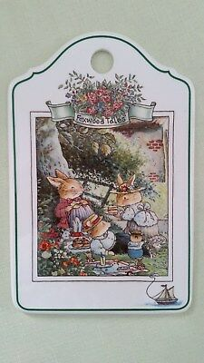 Villeroy& Boch Foxwood Tales Cheese and Cracker Board 1994