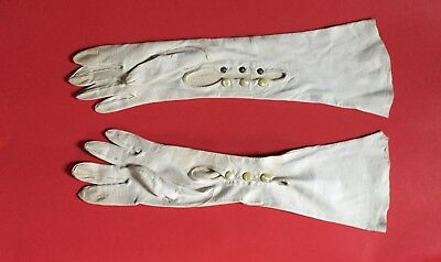 Vintage Long GLOVES WHITE Thin LEATHER Opera Length Sz 6.5 Snaps on wrist WOMEN'