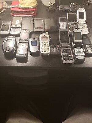 Lot of 16 old cell phones