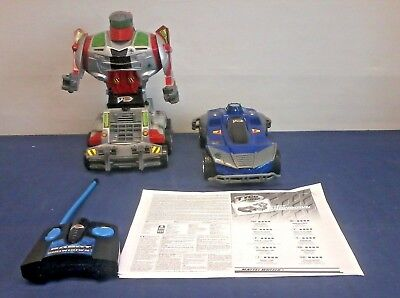 Tyco robot showdown remote control car and robot with controller and manual -C4