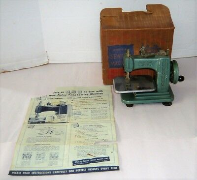 Vintage Betsy Ross Childs Sewing Machine W/box