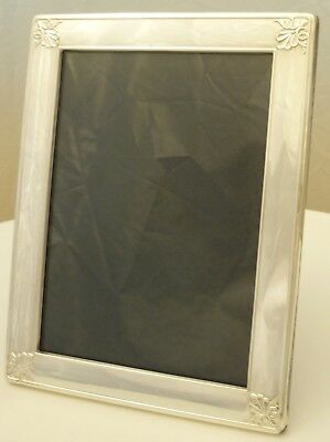 "Photograph Frame; 9"" x 7"" English Silver S.1996, total 523g. goes both ways"