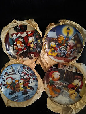 Garfield Christmas Jim Davis The Danbury Mint Collection Set of 4 Plates