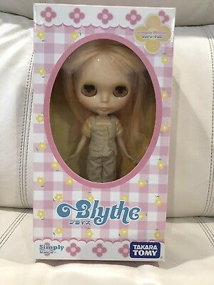 Blythe Simply Mango - Takara Tomy - With Original Outfit And Box