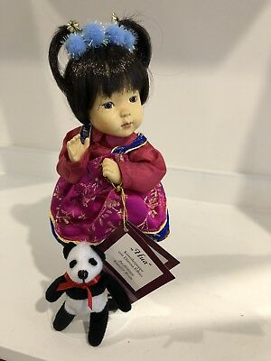 "Dianna Effner ASHTON DRAKE China Baby Doll ""Hua"" Hands Across the World with COA"