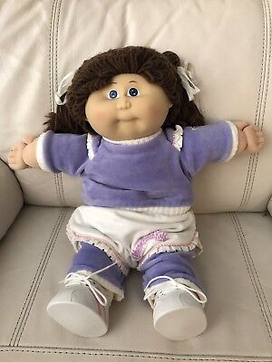 Cabbage Patch Girl (1985) With Blue Eyes In Hard To Find CPK Outfit (And Shoes)