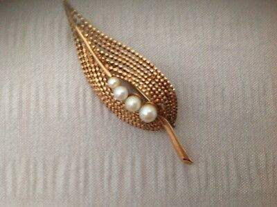 9ct Gold And Pearl Brooch