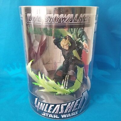 New! Hasbro Star Wars Unleashed Action Figure In Cylinder - Luke Skywalker
