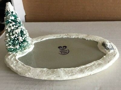 Wee Forest Folk Ice Rink Display (Mouse Expo Display)