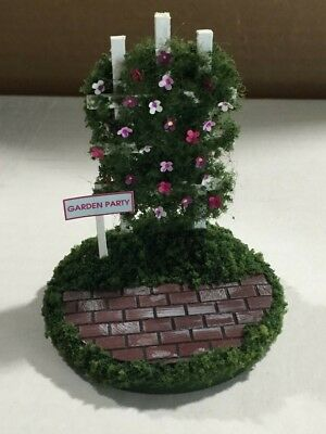 Wee Forest Folk Garden Party Display (Mouse NOT Included)