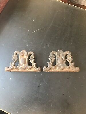 Vintage Pair Of Ornate Cast Iron Brackets (Towel Bar?)