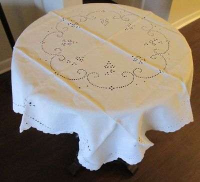 Vintage Decorative Luncheon Bridge Wedding Tablecloth Linen Eyelet Lace