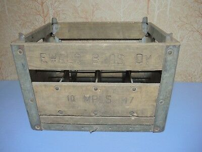 Vintage 1947 Ewald Brothers Dairy Milk Bottle Crate Minneapolis MN Lincoln Equip