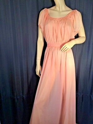 vintage Peach pinup Negligee nightgown Grecian goddess M long 60's ❤️ Sissy long