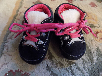 Weebok black leather suede Pink Ties Warm Fuzzy boots Baby Shoes toddler sz 1