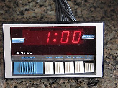 Vintage Spartus 1136-61 Digital Alarm Clock Works