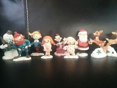 LOT 9 Rudolph and the Island Of Misfit Toys Figurines