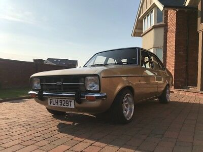 Ford Escort MK2 1600 Ghia - excellent condition