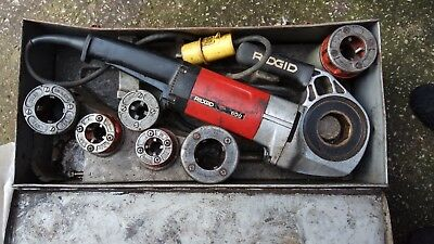 "RIDGID 600 PIPE THREADER - 6 CUTTERS SIZES 1/2"" to 1 1/2"" - 110v Not 690"