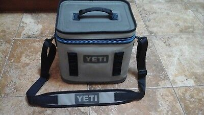 YETI Hopper Flip 8 Cooler Leakproof Fog Gray/Tahoe Blue New