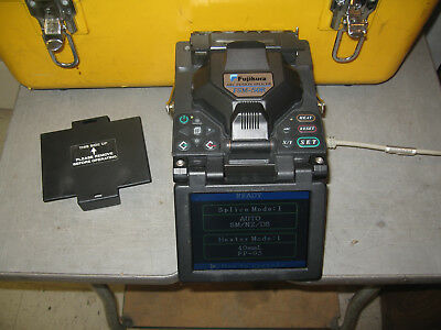 Fujikura FSM-50R Arc Fusion Splicer (Total Arc Count: 2797)