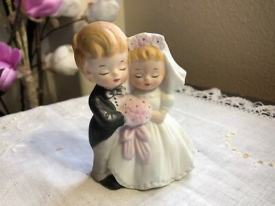 """Vintage Bride And Groom Cake Topper Cute Little Couple 4"""" Made In Japan"""