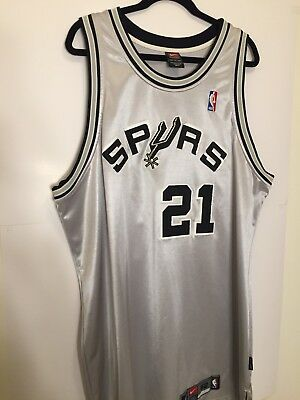 TIM-DUNCAN-Vintage-Silver-AUTHENTIC-NIKE