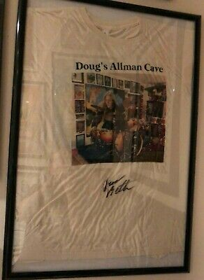 Allman Brothers band t shirt. Dougs Allman Cave, signed by Duane Betts