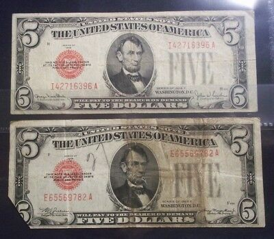 $5 Five Dollar Red Star Notes Series 1928, 2 Notes:  I42716396A and E65569782A