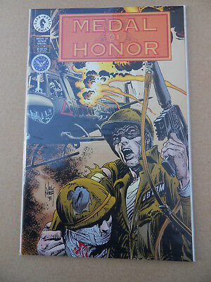 Medal Of Honor Special . One Shot . J.Kubert .Dark Horse . RARE! .1994 . VF / NM