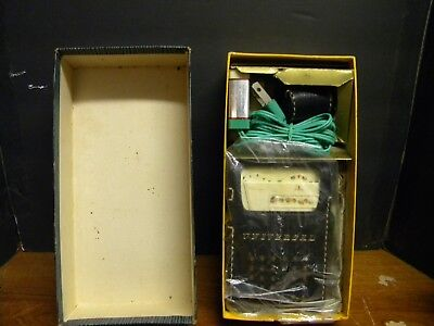 Universal 6 Transistor radio #PTR-62B Complete Tested and Works!!