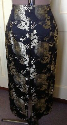 LADIES SILK SKIRT. Size 12. Black & Gold Silk. Tailor-made. Excellent condition.
