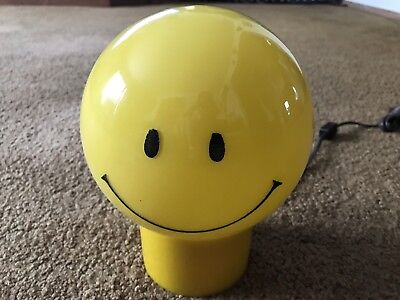 Retro Style Yellow Glass Smiley Face Portable Table Lamp Underwriters Lab. Inc.