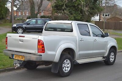 2009 TOYOTA HILUX 3.0 D4D HL3 AUTOMATIC (Spares or Repairs)