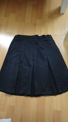 m&s girls navy pleat school skirt age 10yrs