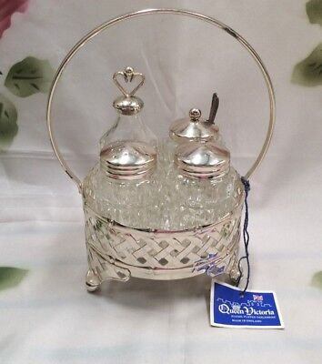 Queen Victoria Vintage Silver Plated Cruet Set - Salt & Pepper Shakers