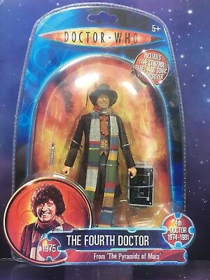DOCTOR WHO CLASSIC FIGURE THE 4th FOURTH DOCTOR with TIME PANEL PYRAMIDS OF MARS