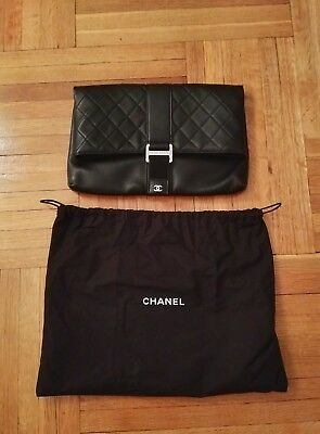 91d5cfc198ae NEW Authentic Chanel Fold Over Quilted Black Lambskin Leather Clutch Handbag