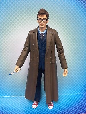 DOCTOR WHO FIGURE - THE 10th TENTH DOCTOR with SCREWDRIVER - DAVID TENNANT